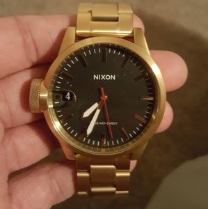 Nixon Chronicle 44
